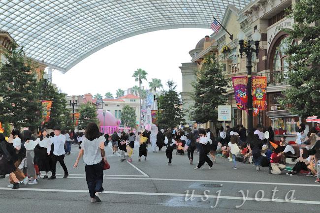 フェスタデパレードで空いている場所探し