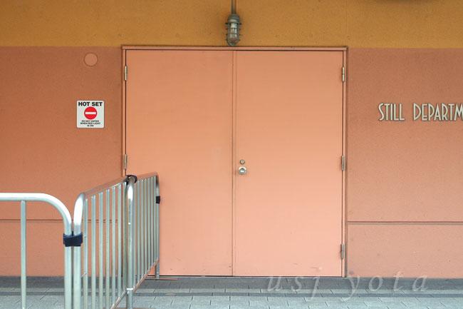 ステージ22の扉